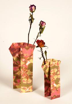 The Rose-folding vase