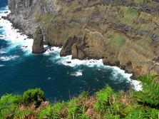 Brandungspfeiler auf den Azoren