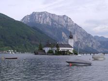 Traunstein mit Schloss Ort