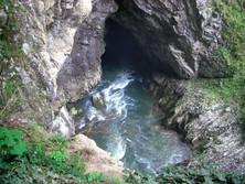 Karstquelle in Slowenien 2