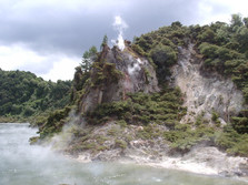 Waimangu Volcanic Valley 3