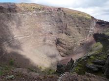 Krater des Vesuv 1