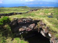 Lavatunnel auf der Insel Pico