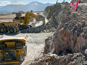 Barrick se suma a la iniciativa de reducir emisiones de carbono de la minería a cielo abierto