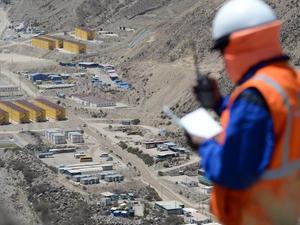 Perú: Anglo American planea extraer mineral en Quellaveco a finales de este año