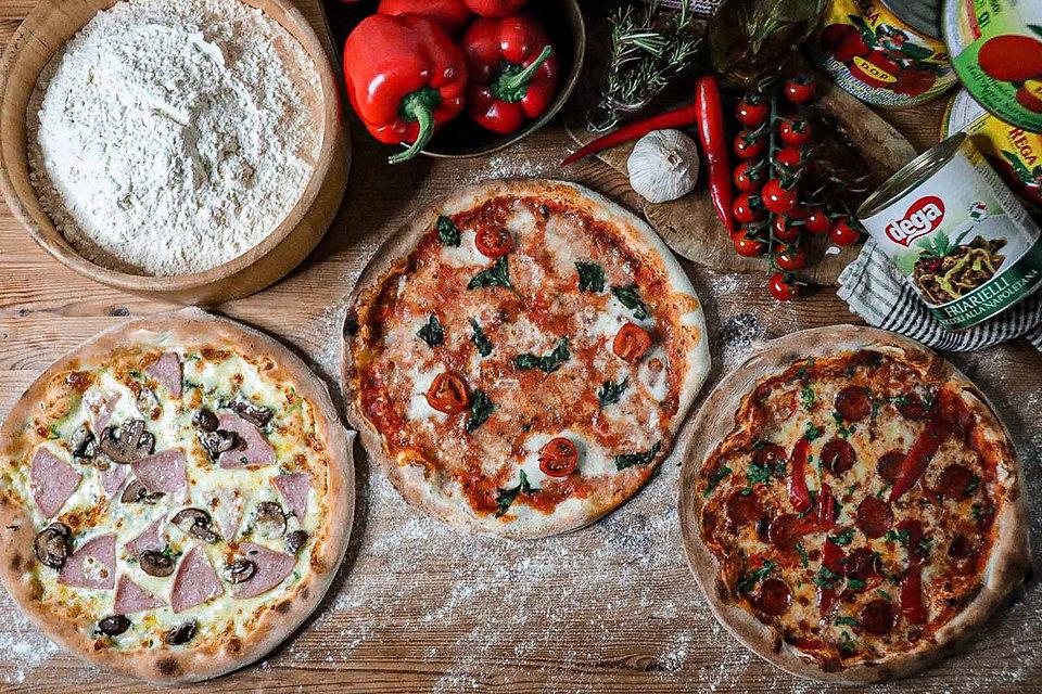 tre pizza.JPG