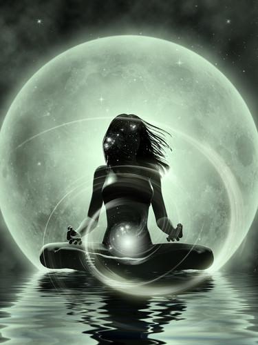 Woman_2nd_chakra.jpg