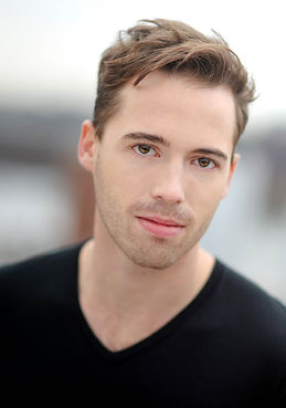 Ross Cowan Headshot NYU Grad Acting MFA actor