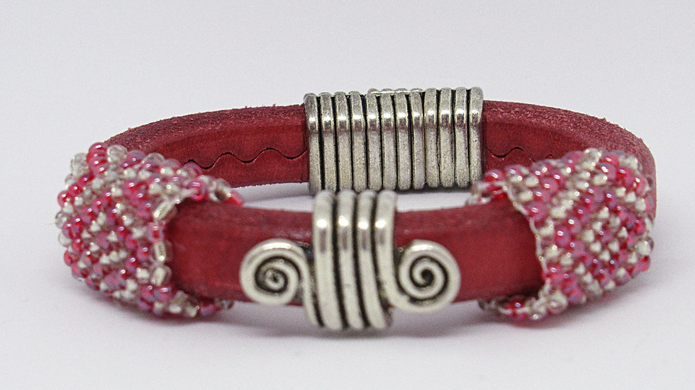 Red Regaliz rounded leather with hand beaded silver-red sleeves