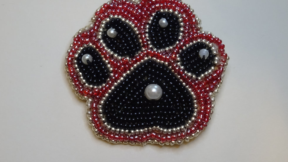 Pawprint Red & Black/ Empreinte patte rouge et noir