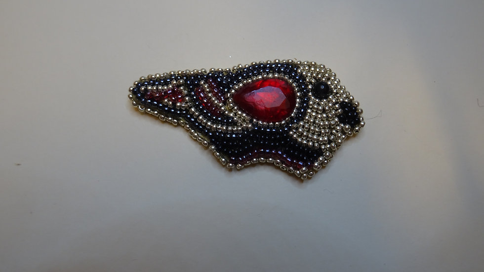 Red Bird Brooch Small/ Oiseau rouge petit