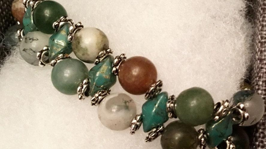 Beaded bracelet with earth stones
