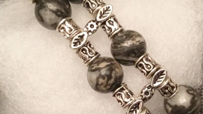 Beaded bracelet with Jasper stones