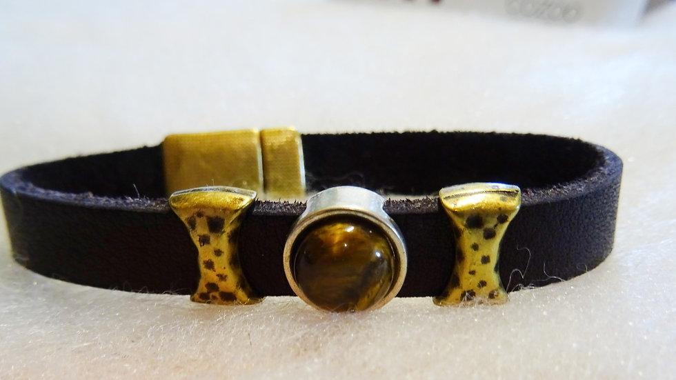 EcuadorBrown Leather bracelet with Tiger Eye