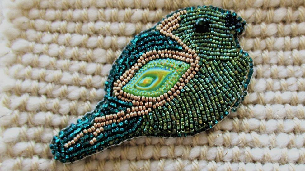 Green Bird brooch/ Oiseau vert