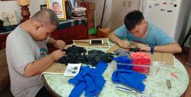 เด็กมูลนิธิฯทำพรมเช็ดเท้าเพื่อจำหน่าย Handmade doormat