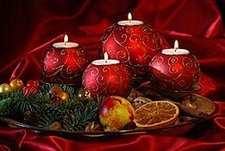 Red-Christmas-ornaments-christmas-222286