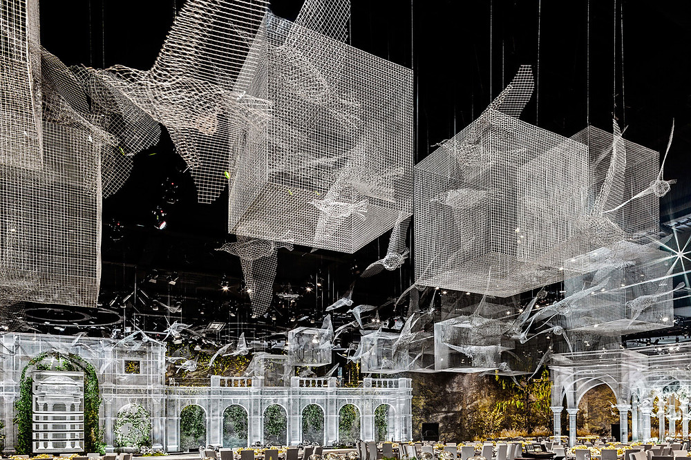 Wire Mesh Installation for an Event in Abu Dhabi by Edoardo Tresoldi