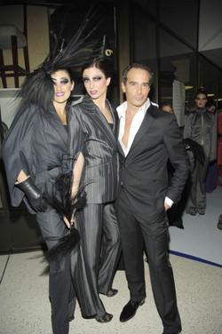 Lloyd Klein backstage with models