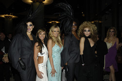 AnnaLynne McCord and the girls