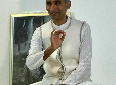 Sri Sai Prana Yoga vermitteln  Wochenende mit Master Sai Cholleti und Acharya Winfried Pfliegel (Yog