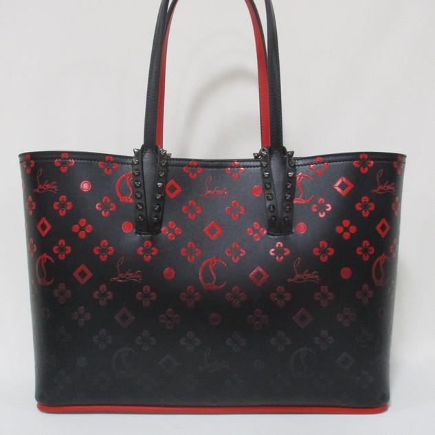クリスチャンルブタン(Christian Louboutin) メンズ 鞄 バッグ トートバッグ ロゴ ユニセックス可 グラデーションカラー・モノグラム総柄ロゴ・ミニポーチ付きレザートートバッグ 黒 3195373 CALF NM315
