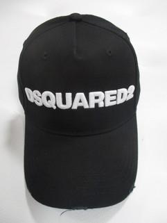 ディースクエアード(DSQUARED2) メンズ 帽子 キャップ ロゴ ユニセックス可 ダメージ加工・DSQUARED2ロゴ刺繍入りキャップ 黒 BCM0028 05C0001 M063