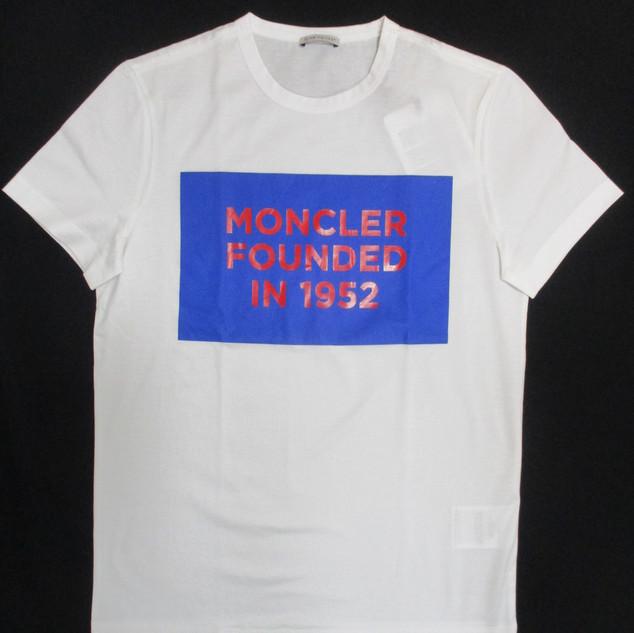 2020年春夏新作 モンクレール(MONCELR) メンズ トップス Tシャツ 半袖 ロゴ MONCLER FOUNDED IN 1952 ロゴプリント付きTシャツ 白 8C74610 8390Y 001