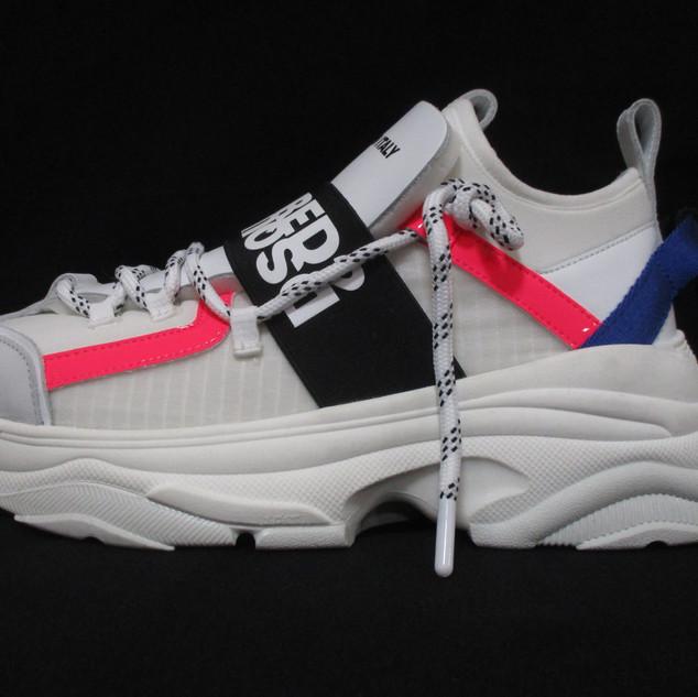 ディースクエアード(DSQUARED2) レディース 靴 スニーカー ロゴ 2color ネオンカラーライン・DSQUARED2ロゴ・かかと部分紐付き厚底スニーカー イエロー/ピンク SNW0040 16502620 M1382/M1630