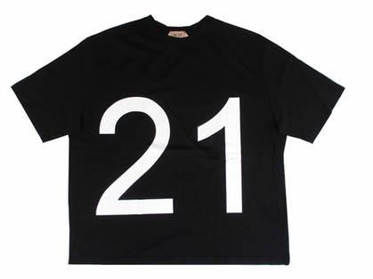 ヌメロヴェントゥーノ(N°21) レディース トップス Tシャツ 半袖 ロゴ 2color 袖口ワイドデザイン・フロントN°21ビッグロゴプリント付Tシャツ 白/黒 F101 6314 1101/9000 (R35200)