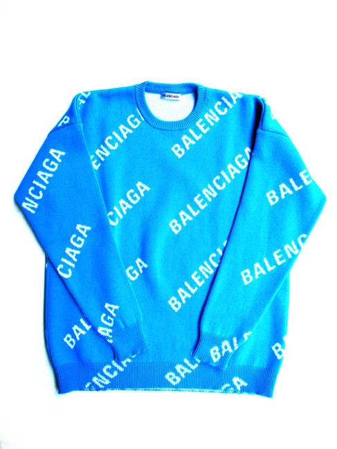 バレンシアガ BALENCIAGA メンズ トップス セーター ニット ロゴ ユニセックス可 総柄BALENCIAGAロゴ入りオーバーサイズセーター ブルー 625329 T3178 4661