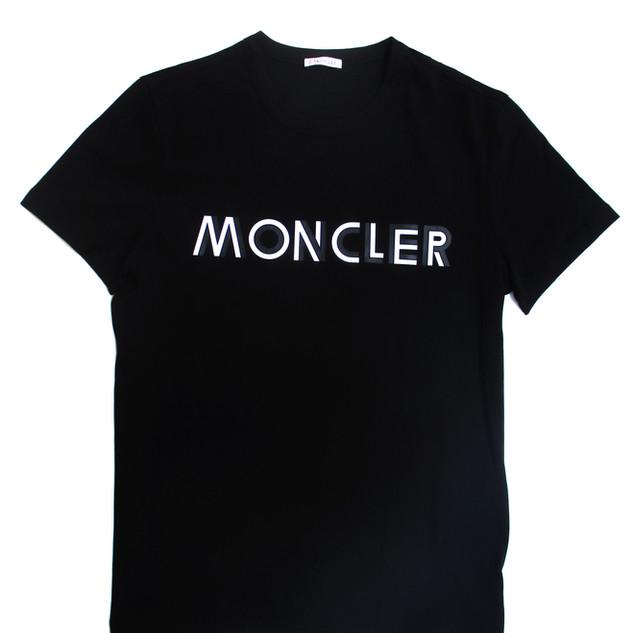 モンクレール MONCLER メンズ トップス Tシャツ 半袖 フロントバイカラーMONCLERロゴ付きコットンTシャツ ブラック 8C75910 8390T 999