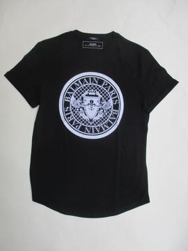 2020年春夏新作 バルマン(BALMAIN) メンズ トップス Tシャツ 半袖 ロゴ 2color 袖口ロールアップ・BALMAINメダリオンロゴ付Tシャツ 白/黒 TH11135 I216 0FA/0PA