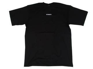 ヴェトモン(VETEMENTS) メンズ トップス Tシャツ 半袖 ロゴ 2color フロントVETEMENTSスモールロゴ・バックバーコードロゴ付オーバーサイズTシャツ 白/黒 UE51TR540W/B WHITE/BLACK (R50600)