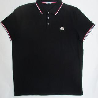 2020年春夏新作 モンクレール(MONCLER) メンズ トップス シャツ ポロシャツ 半袖 ロゴ 2color ロゴワッペン・ネック部分/袖口トリコロールライン サイドスリット付ポロシャツ 白/黒 8A70300 84556 001/999