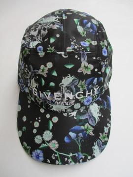 2020年春夏新作 ジバンシー(GIVENCHY) メンズ 帽子 キャップ ロゴ ユニセックス可 サイズ調節可 総柄フラワープリント・GIVENCHYロゴ入りキャップ マルチカラー BPZ00M P05F 960
