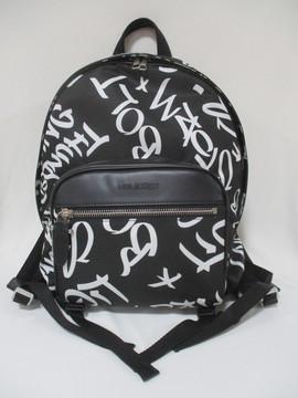 2020年春夏新作 ニールバレット(Neil Barrett) メンズ 鞄 バッグ バックパック リュック ロゴ ユニセックス可 総柄グラフィティロゴプリント・裏地模様・ロゴ刻印入りバックパック ブラック RBB0201K N9108 524