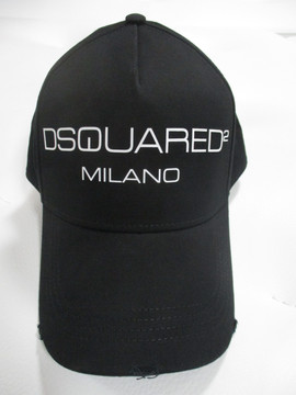 ディースクエアード(DSQUARED2) メンズ 帽子 キャップ ロゴ ユニセックス可 ダメージ加工・DSQUARED2 MILANOロゴ付キャップ 黒 BCM0267 05C00001 M063