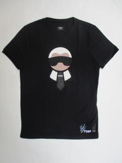 フェンディ(FENDI) メンズ トップス Tシャツ 半袖 ロゴ ラガーフェルド カリートスタッズロゴ・裾FENDI刺繍ロゴ入りTシャツ ブラック FY0682 09K F0QA1