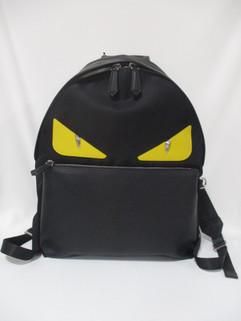 IMG_8833.JP フェンディ(FENDI) メンズ 鞄 バッグ バックパック リュック ロゴ ユニセックス可 バッグバグズレザーロゴ・FENDIロゴ付きバックパック ブラック 7VZ012 A2FS F0R2A