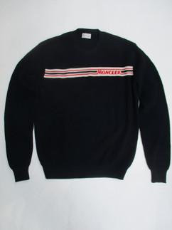 メンズ トップス ニット セーター 長袖 ロゴ 2color フロントMONCLERロゴライン入りライトニットセーター 白/紺 9C70200 V9059 742/034