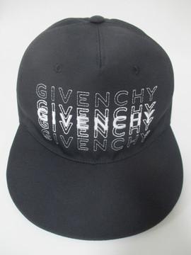 ジバンシー(GIVENCHY) メンズ 帽子 キャップ ロゴ ユニセックス可 フロントGIVENCHYロゴ刺繍入りキャップ ブラック BPZ003P 03X 001