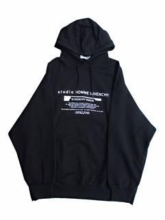 ジバンシー(GIVENCHY) メンズ トップス パーカー フーディー ロゴ GIVENCHYロゴ/ランゲージロゴプリント付パーカー ブラック BMJ0A6 305B 001 (R119900)