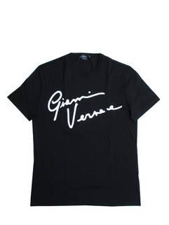 ヴェルサーチ(VERSACE) メンズ トップス Tシャツ 半袖 ロゴ GIANNI VERSACEロゴ刺繍付Tシャツ ブラック A85162 A228806 A2024 (R59400)
