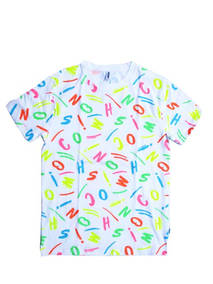 モスキーノ(MOSCHINO) メンズ トップス Tシャツ 半袖 ロゴ 2color 総柄マルチカラーランダムMOSCHINOロゴプリント付Tシャツ 白/黒 A1911 2338 1888/5888 (R22000)