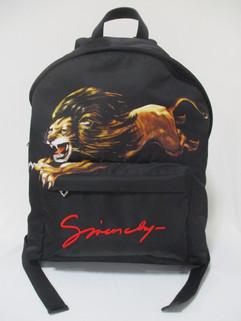 ジバンシー(GIVENCHY) メンズ 鞄 バッグ バックパック ロゴ ユニセックス可 ライオン・手書き風GIVENCHYロゴ入りバックパック ブラック BK500F K0GW 960