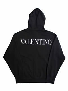 ヴァレンティノ(VALENTINO) メンズ トップス パーカー フーディー ロゴ 2color マフポケット部分花柄刺繍デザイン・バックVALENTINOロゴ付きジップパーカー VV0MF15P 7FC 0NI/A33 (R176000)