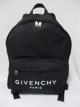 ジバンシー(GIVENCHY) メンズ 鞄 バッグ バックパック ロゴ ユニセックス可 GIVENCHYロゴ入りバックパック 黒 BK500J K0AK 004