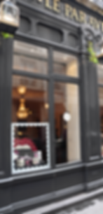 le paravent, lyon, boutique, scénographie, mise en scène, décoration, intérieur, scénographie, design, designer, direction artistique, aurélie ronfaut, thiluu, bureau de style, style, stylisme, arts de vivre, ambiance, inspiration, yaz bukey, cires trudhon, espace, bougie