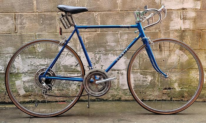1982 10 speed Schwinn Varsity currently unrestored. 56cm, 5'9-5'11